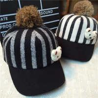 秋冬儿童毛绒鸭舌帽条纹小熊棒球帽兔毛球保暖护耳帽小孩帽子批发