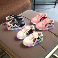 2018新款童鞋LED亮灯发光鞋女童魔术带运动闪光鞋男童橡胶防滑