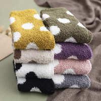 秋冬新款加厚波点珊瑚绒居家中筒袜日系保暖地板袜半边绒睡眠袜女