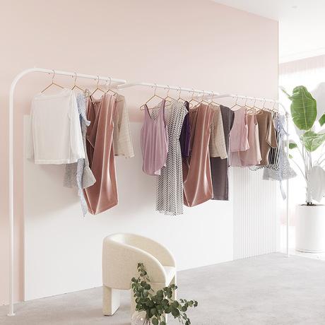 服装店展示架上墙式创意挂衣架男女装店货架陈列柜铁艺挂衣服架子