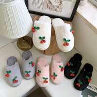 秋冬简约新款可爱樱桃毛绒一字拖女居家防滑保暖包头拖鞋