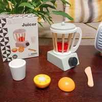 迷你榨汁机玩具食玩道具女孩过家家玩具仿真木质果汁机豆浆机搅拌