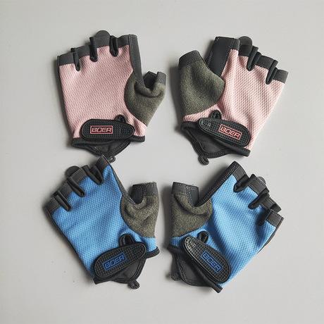 健身手套运动男女防滑护腕半指哑铃器械训练动感单车户外骑行攀岩