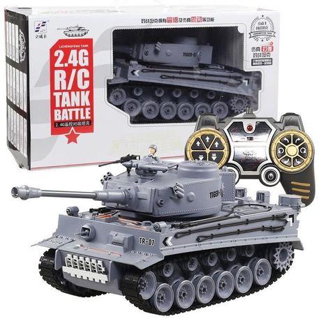 德国虎式1:18遥控坦克车军事模型玩具车充电冒烟打弹儿童玩具