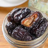 新鲜黑椰枣500g罐装迪拜阿联酋免洗特级黑椰枣红枣果干特产